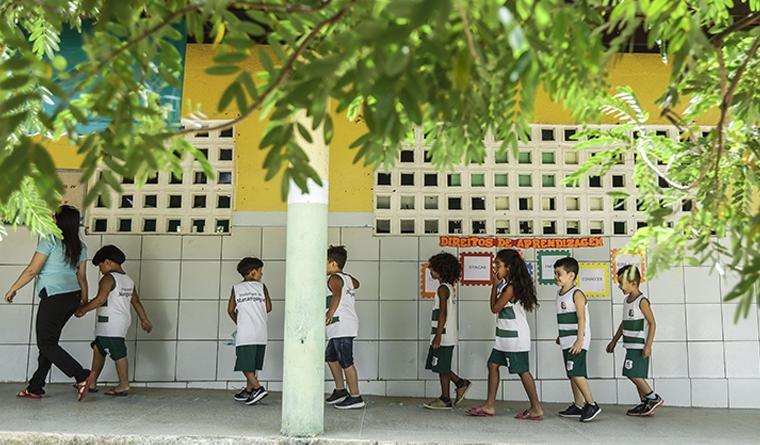 alunos da Escola Municipal José de Moura